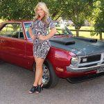 1970-swinger-blonde