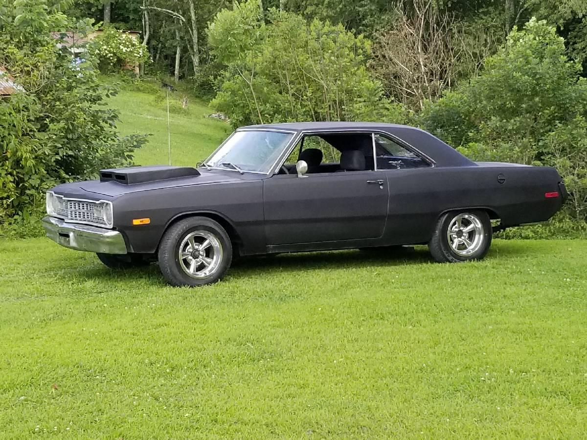 1973 Dodge Dart Swinger 318 V8 3-Speed Auto For Sale in ...